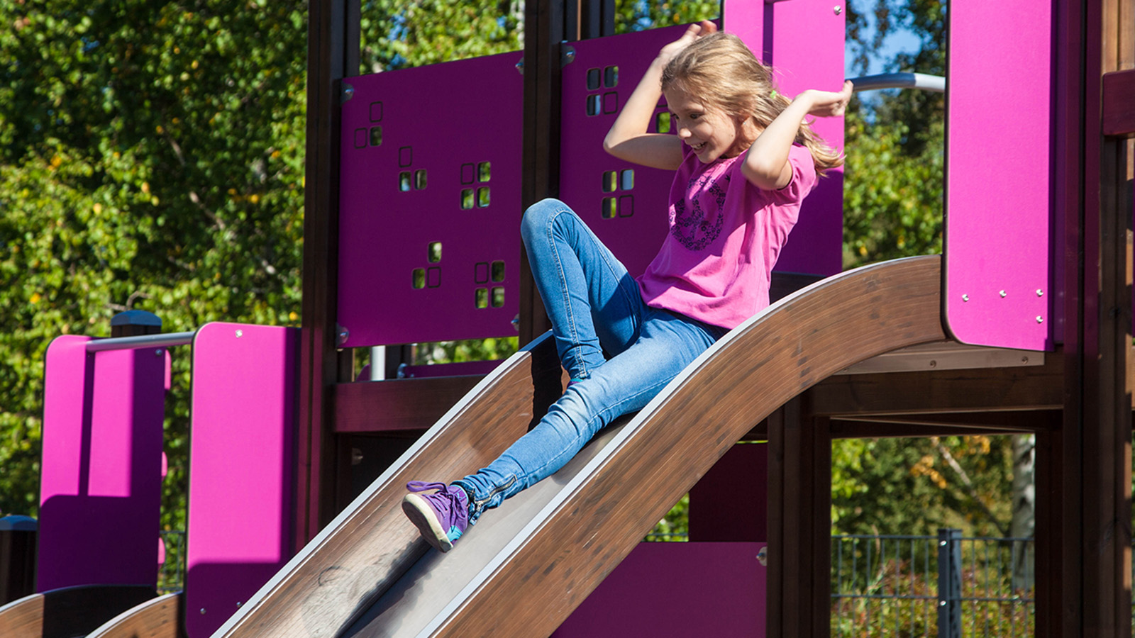 Lappset finno activity tower, slide