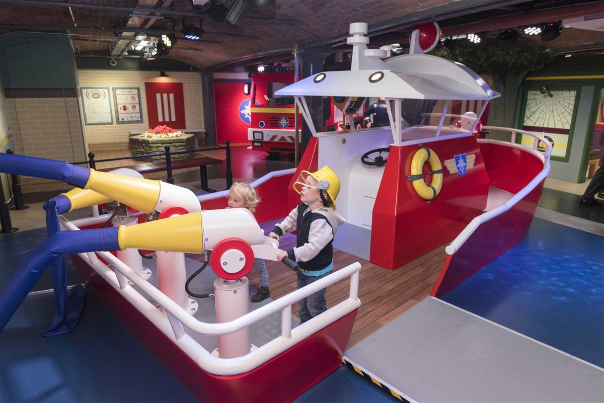 FiremanSam Children Plying MattelPlay Liverpool.jpg