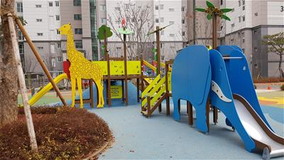 korea-playground-3.jpg